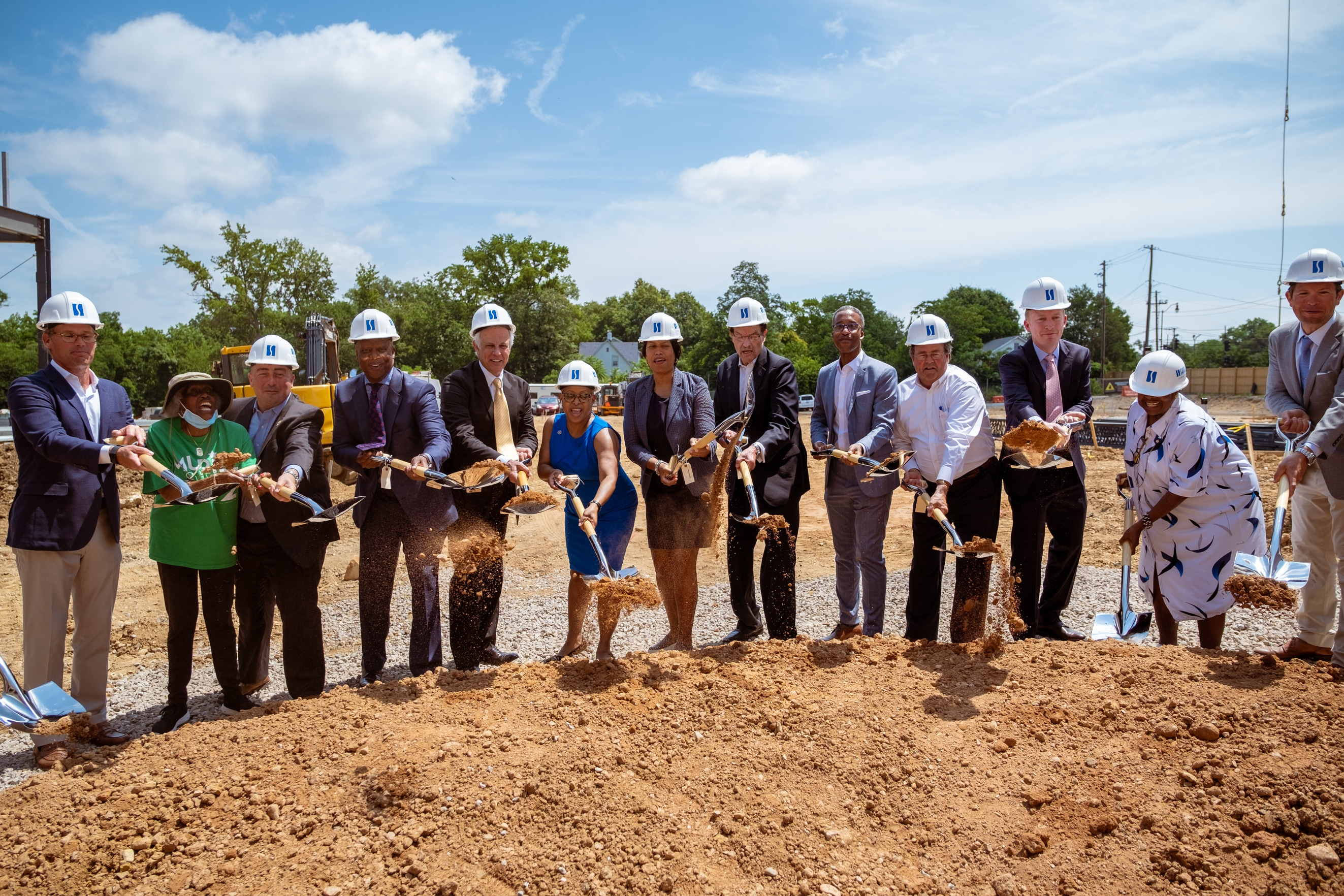 Mayor Bowser Joins WC Smith for Ribbon-Cutting and Groundbreaking at Skyland Town Center
