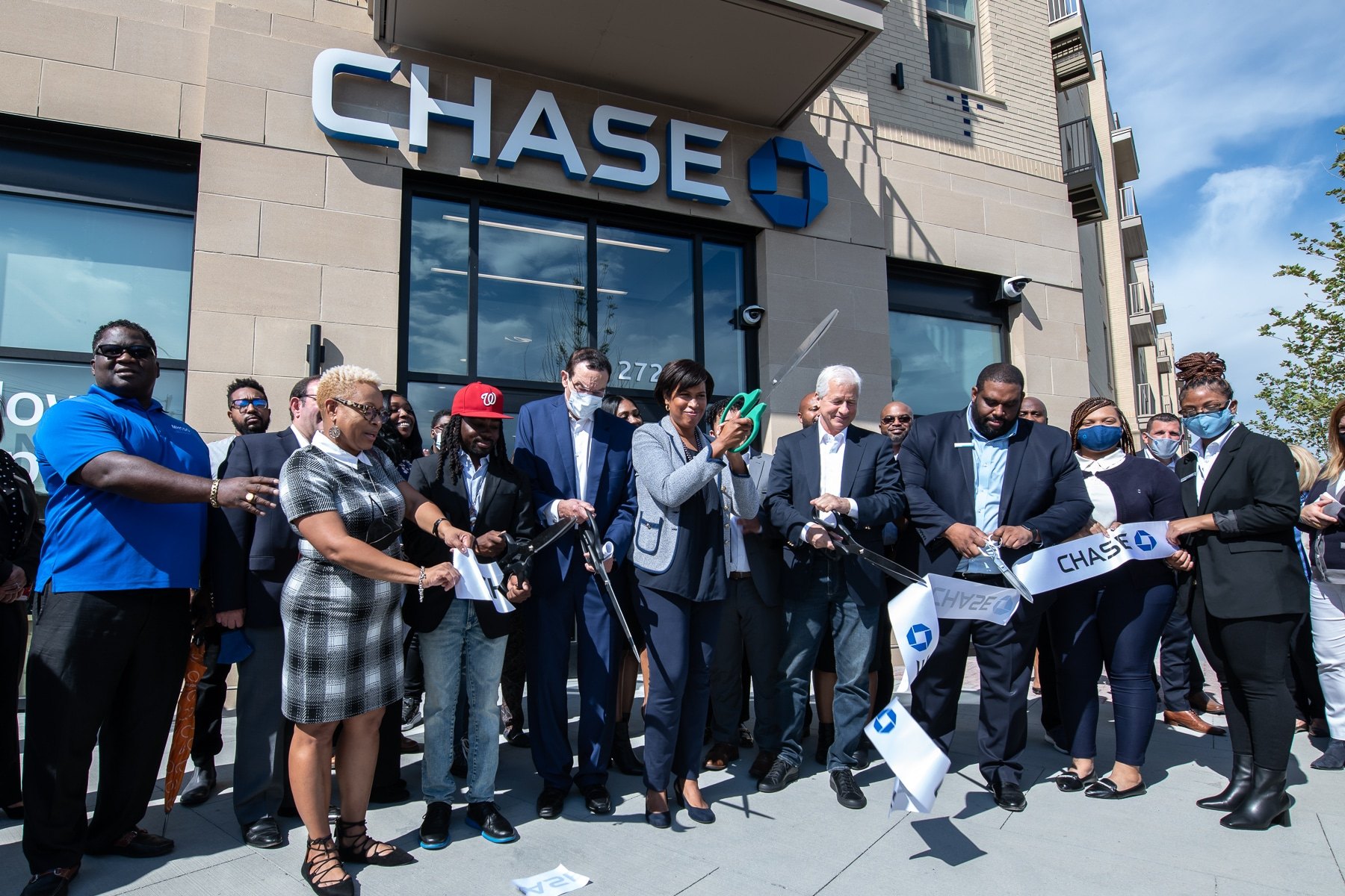 WC Smith Welcomes Chase Bank Community Center to Skyland Town Center